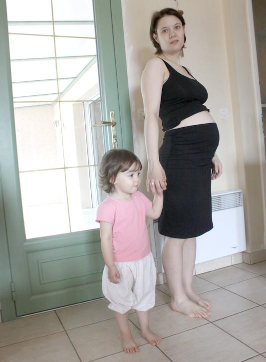 jupe-noire-grossesse-tube-h&m