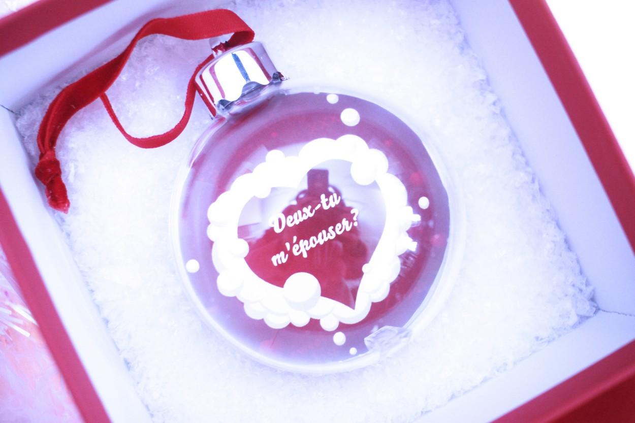 Sa Demande En Mariage Pour Cadeau De Noel