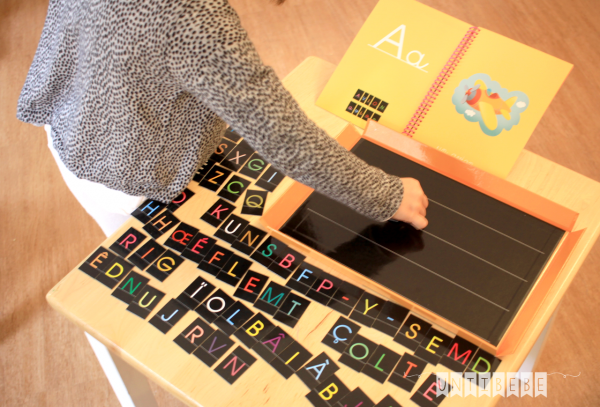 apprendre a lire ecrire mon premier abecedaire aimante