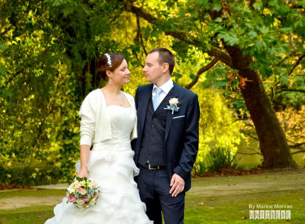 mariés fleurs pastel