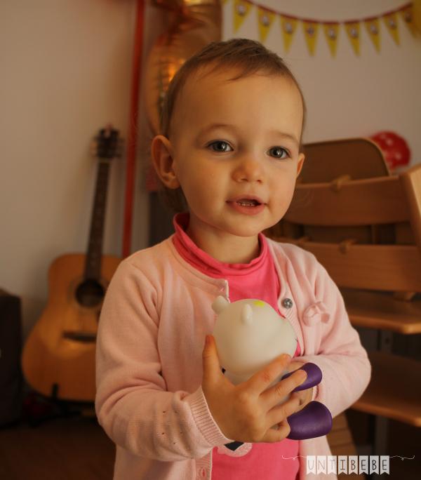bebe anniversaire 2 ans cadeau veilleuse savanoo pabobo