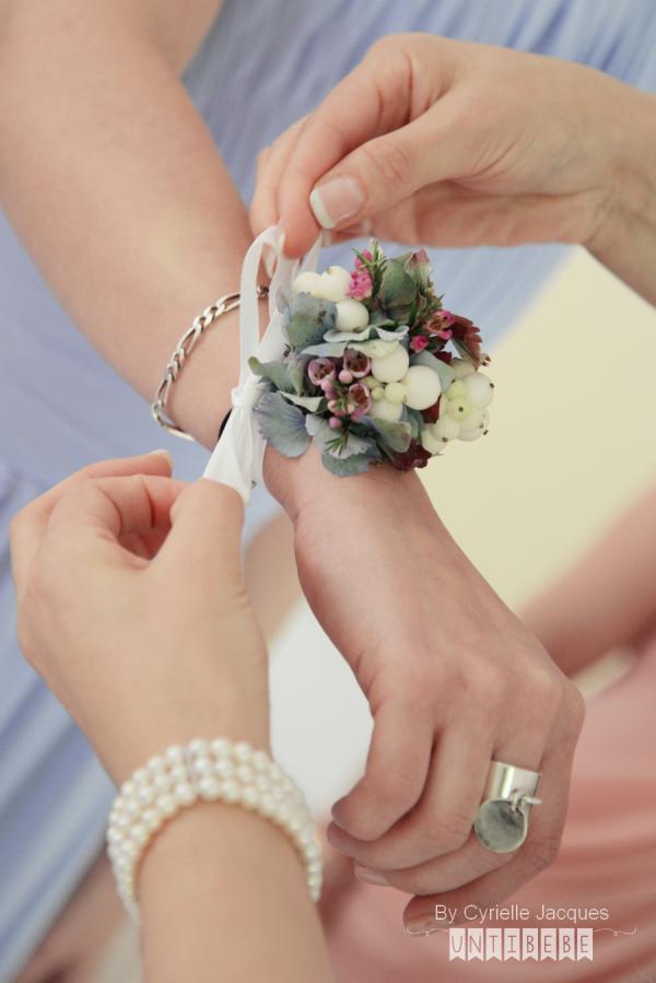 bracelet fleurs demoiselle d'honneur