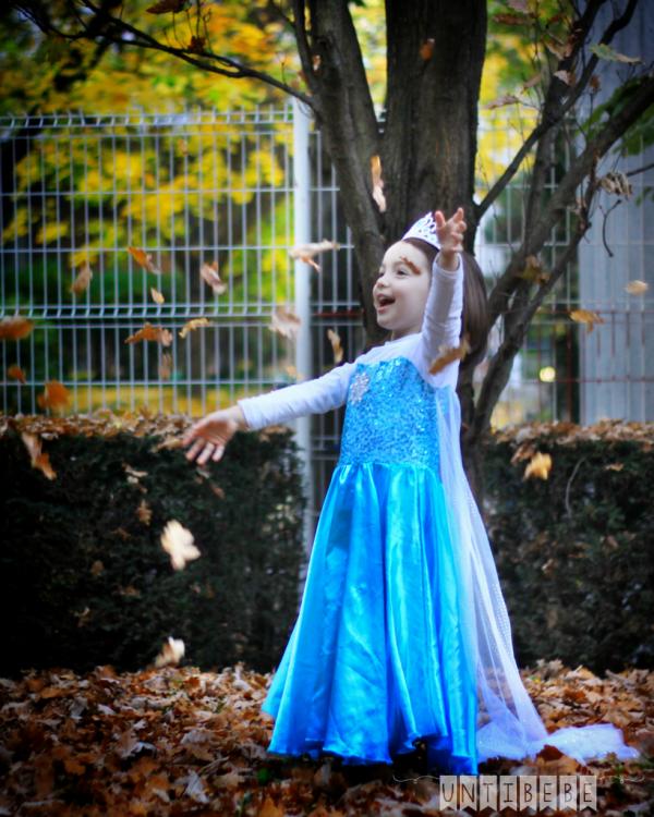 feuilles volent automne reine des neiges enfant