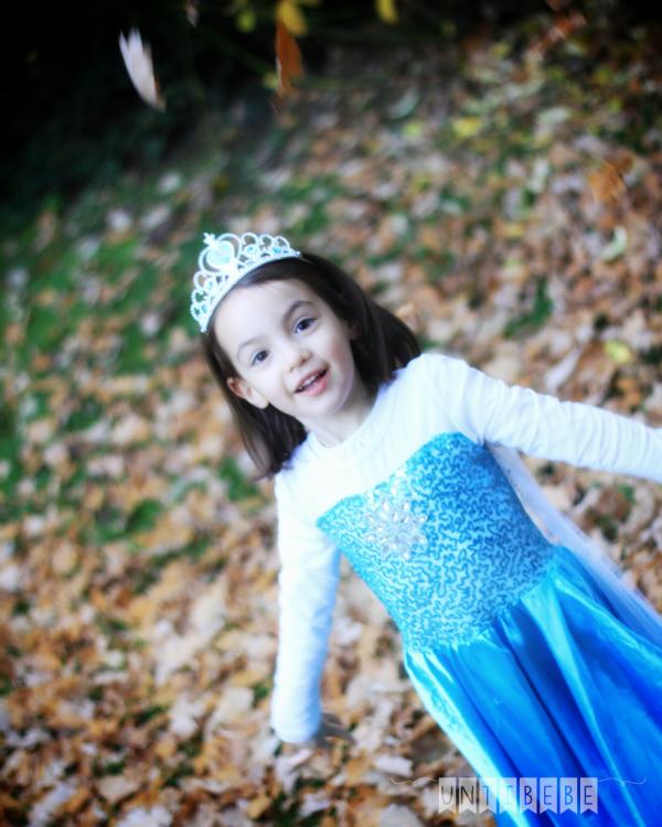 petite fille reine des neiges