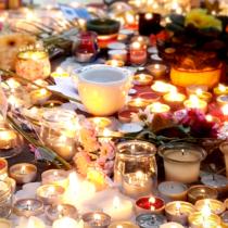 vignette hommage victimes 13 septembre 2015 paris attentats