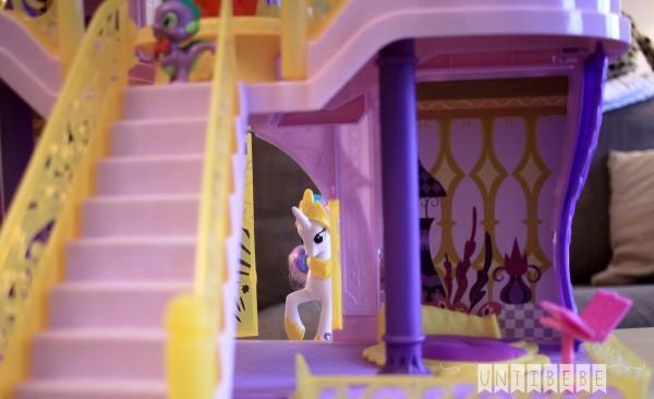 princesse celestia royaume de canterlot chateau