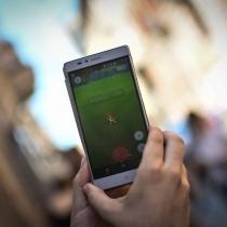 2048x1536-fit_joueur-rendu-piazza-del-popopo-rome-italie-chasser-pokemon-19-juillet-2016