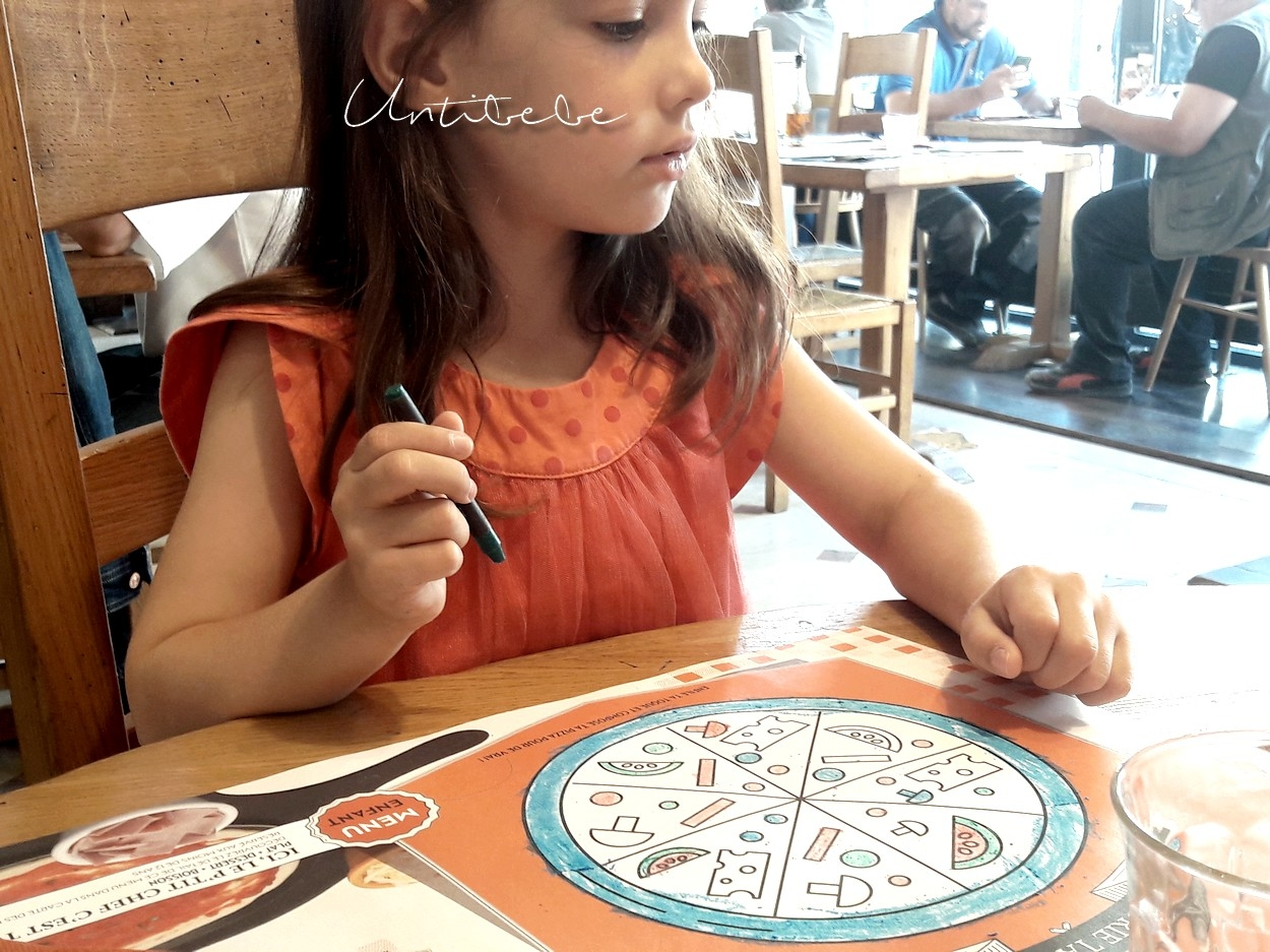 coloriage restaurant Tablapizza enfant kidfriendly