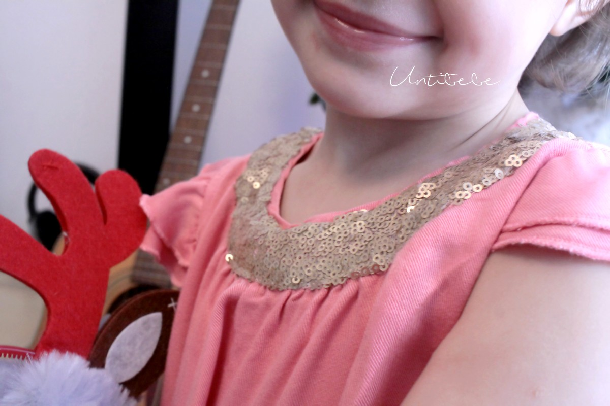 jolie-tenue-fete-enfant