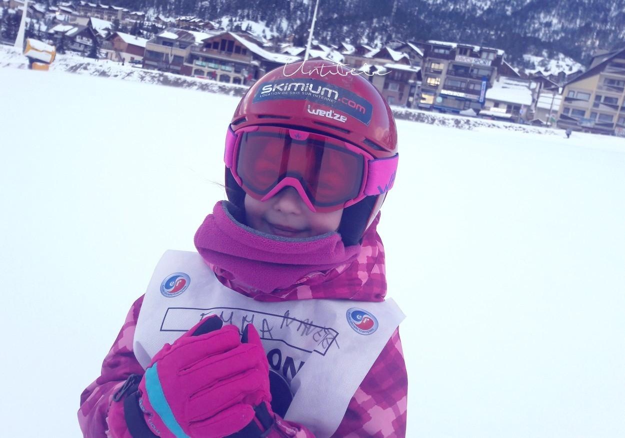 enfant kid skimiuem ski