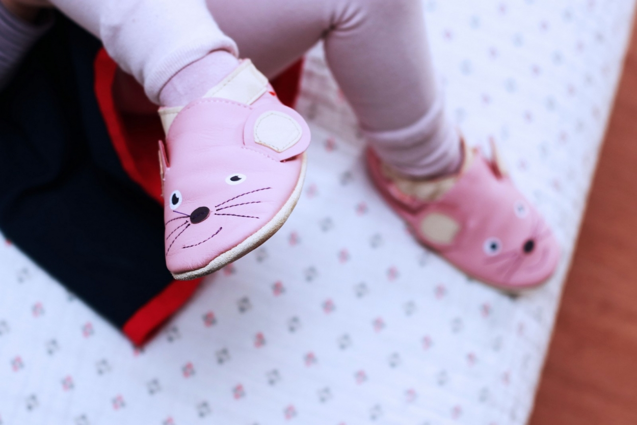 chaussons cuir souple souris tihoups