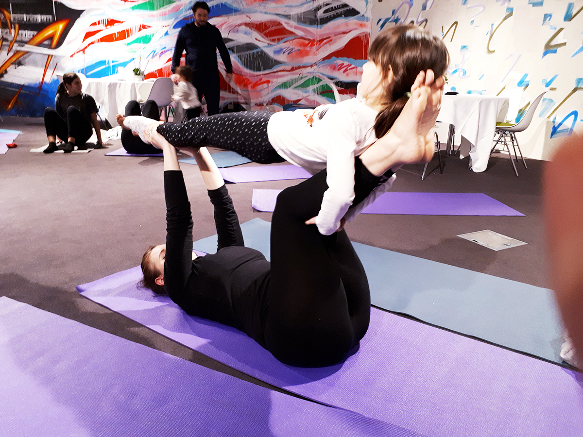 Yoga Parent enfant dans un hôtel Accor - atelier famille